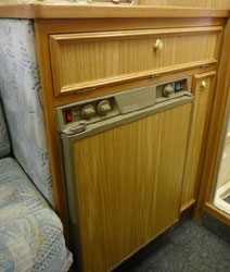 VW T4 Autosleeper Topaz Electrolux Fridge
