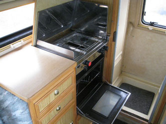 VW T4 Autosleeper Trophy Oven